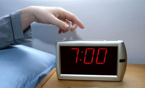Productivity Bad Habit - hitting the snooze button