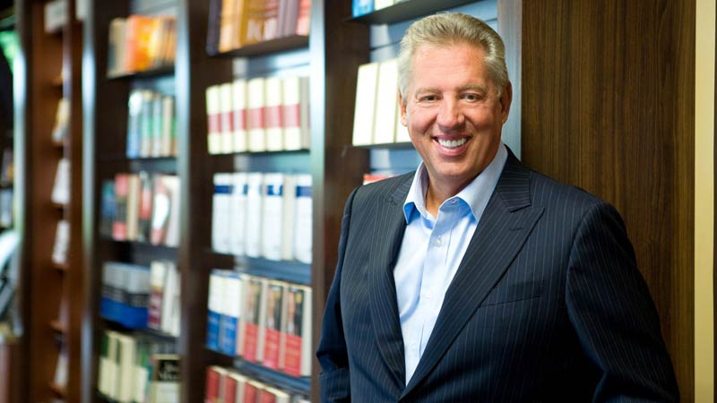 117 John C. Maxwell Quotes To Be Successful