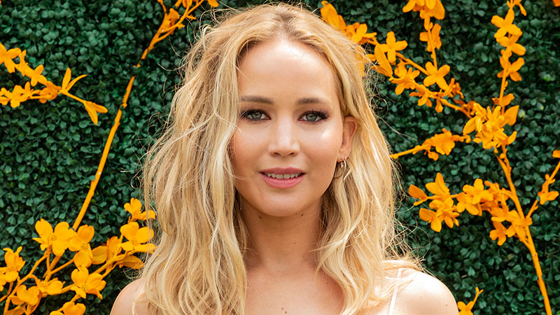 37 Jennifer Lawrence Quotes About Life & Success